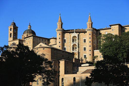 Urbino,_Palazzo_Ducale_04